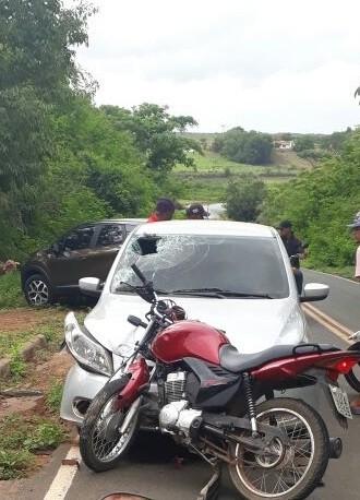 Suplente de vereador sofre acidente e fica ferido na PI-236 - Imagem 3