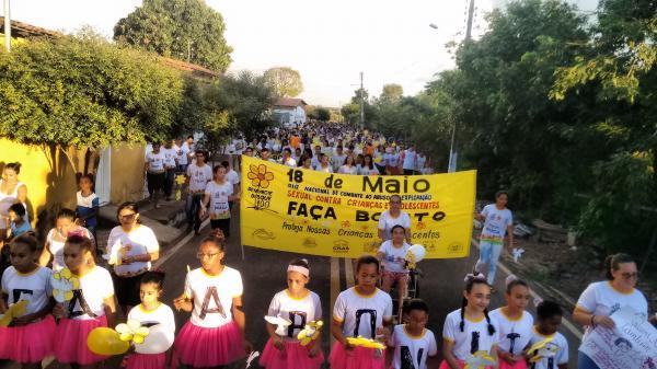 Caminhada de Combate ao Abuso e à Exploração Sexual de Crianças e Adolescentes (Imagem: Marcos Genilson/Agora Piauí)