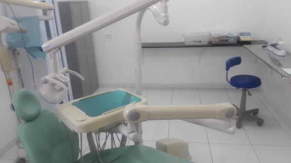 Consultório odontológico em Capitão Gervásio fiscalizado pelo CRO-PI.