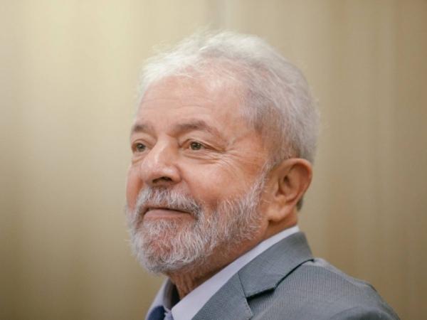 Segundo a acusação, a empreiteira prometeu a Lula, em 2010, R$ 64 milhões para ser favorecida em decisões do governo FOTO: El País