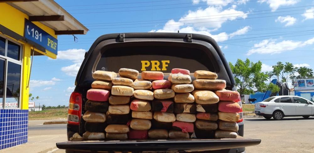 PRF apreende 100 quilos de maconha na BR-222 a caminho de Timon