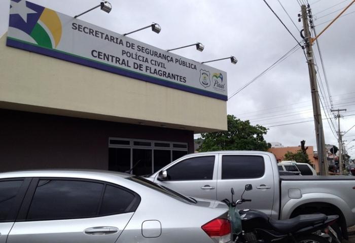 O suspeito foi encaminhado para a Central de Flagrantes / fotos: reprodução