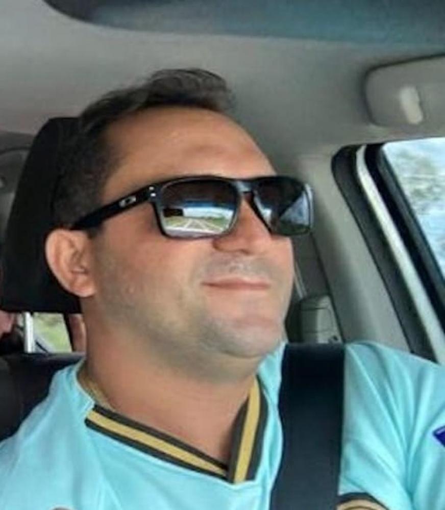 Alan Moura e Silva foi morto a tiros após ser abordado por criminosos na porta de casa em São Félix do Piauí — Foto: Divulgação