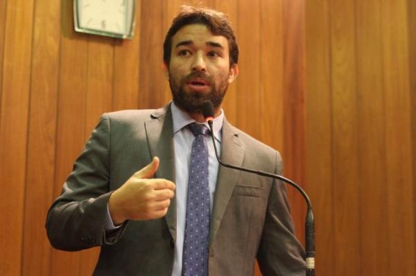 Deputado estadual Marden Menezes