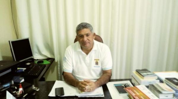 Comandante do 3° Batalhão da PM de Floriano, Tenente Coronel Rubens Lopes